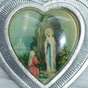 Jewelry - Vintage Religious Heart Pendant Silver Saint Mary